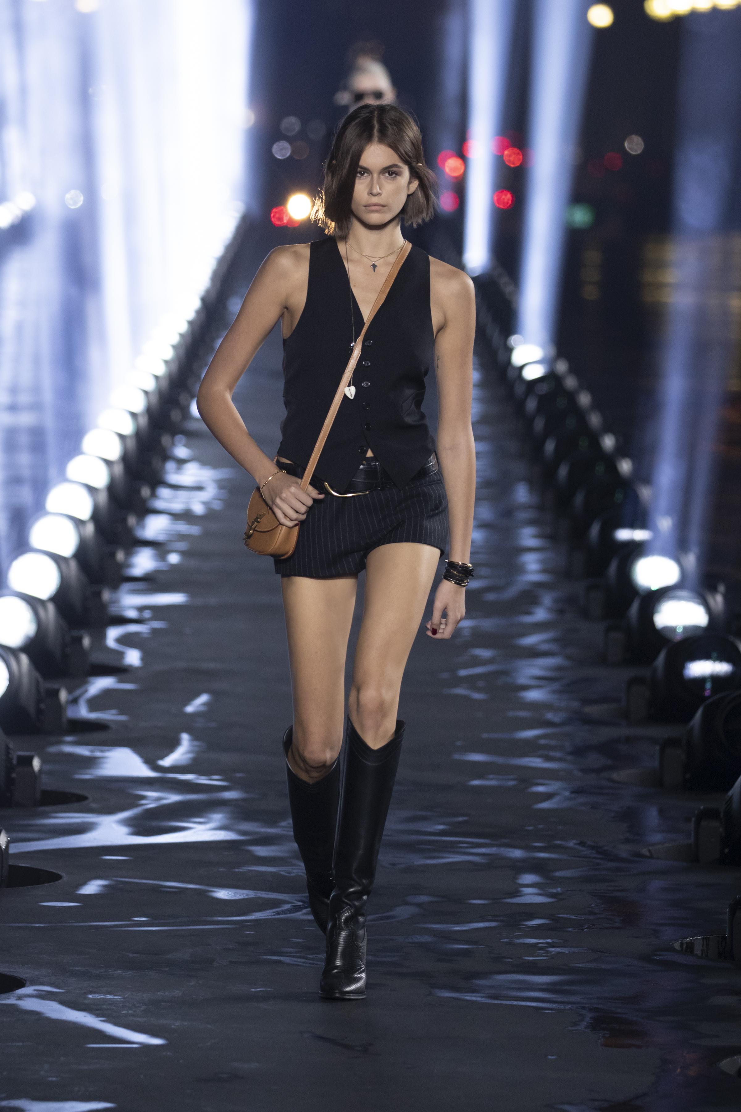 Kaia Gerber yves Saint Laurent 2020