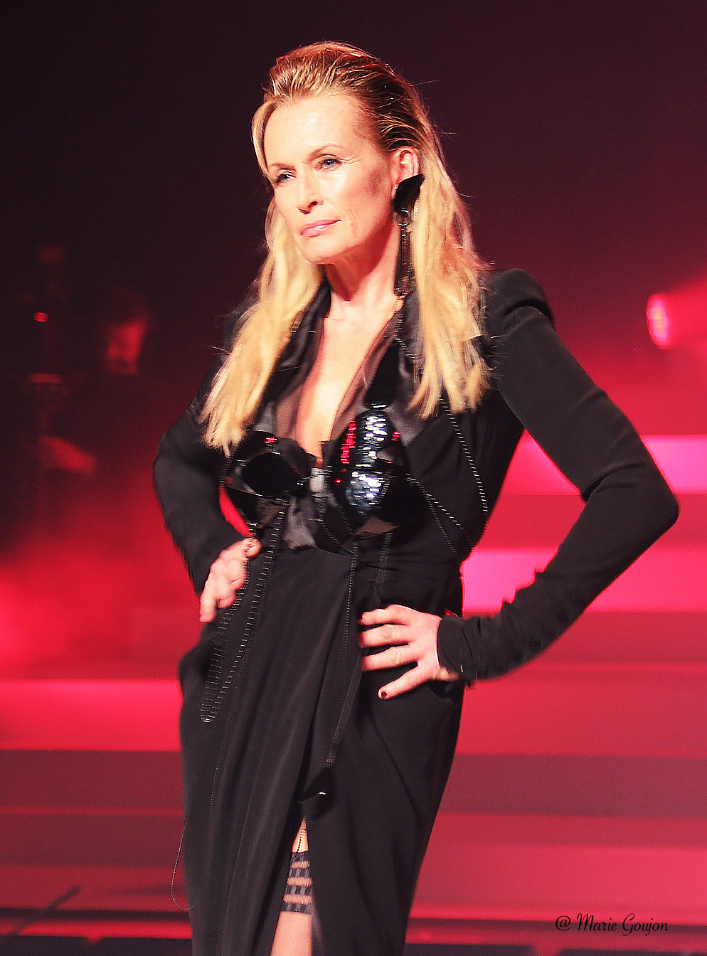 photo Estelle Lefébure defile #gaultierjeanpaul Jean Paul Gaultier