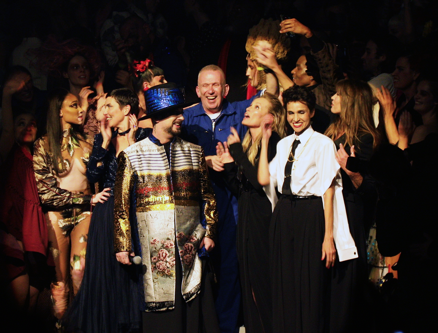 Jean Paul Gaultier cinquante ans de mode et un dernier défilé.